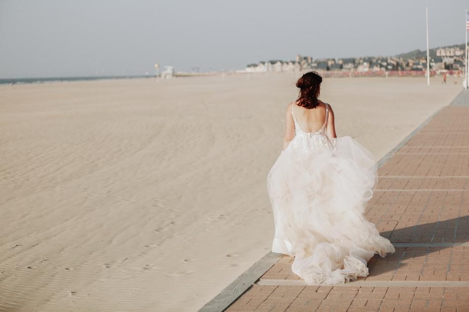 photo dune mariee sur la plage de deauville
